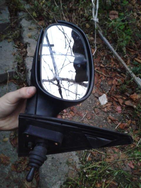 Продам зеркальный элемент левый (зеркало водительское) Ланос Судак