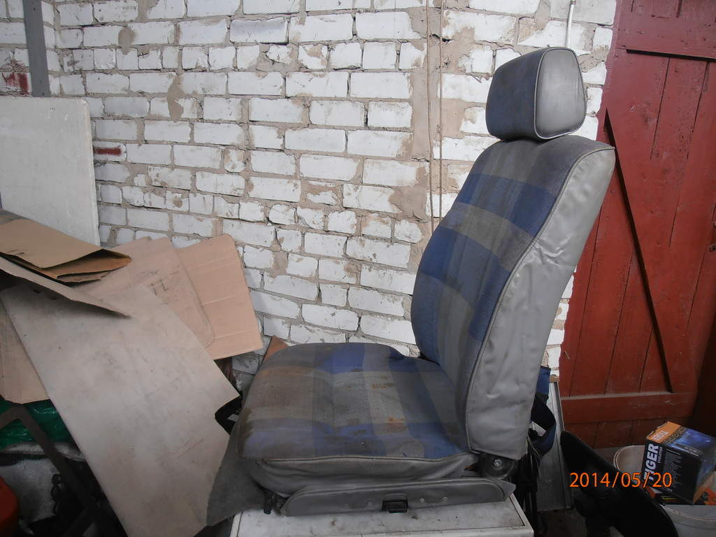Продам Передние сидения трансформер. Под перетяжку. Можно ставить на разные бусы Чернигов