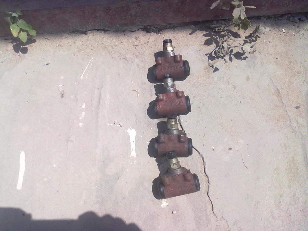 Продам Тормозные цилиндры задние 965, 966, 968 новые Харьков