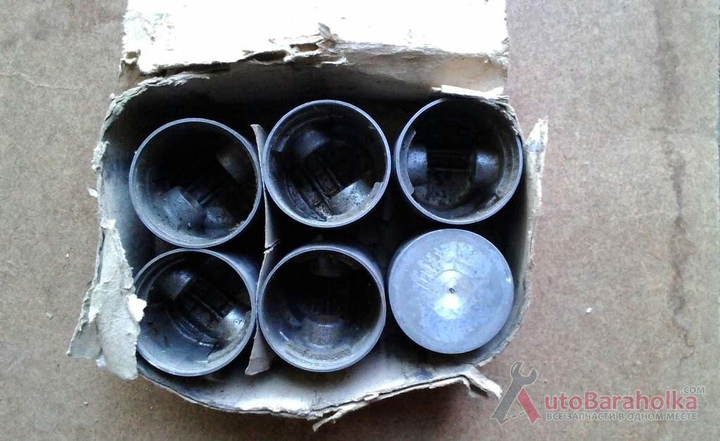 Продам ГАЗ-52 ГАЗ-69 поршня 83.5 новые, вкладыши, насос Киев