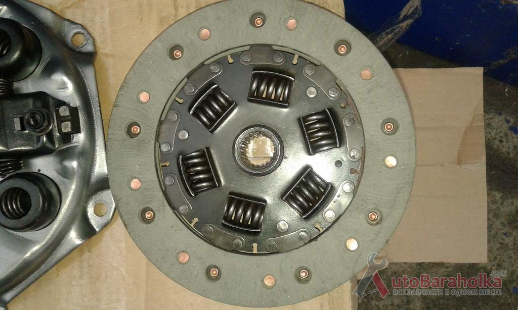 Продам диск сцепления запорожец (заз 968) новые. Производство ссср Запорожье